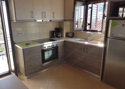 VillaOrestisRooms&ApartmentsStoupa kitchen
